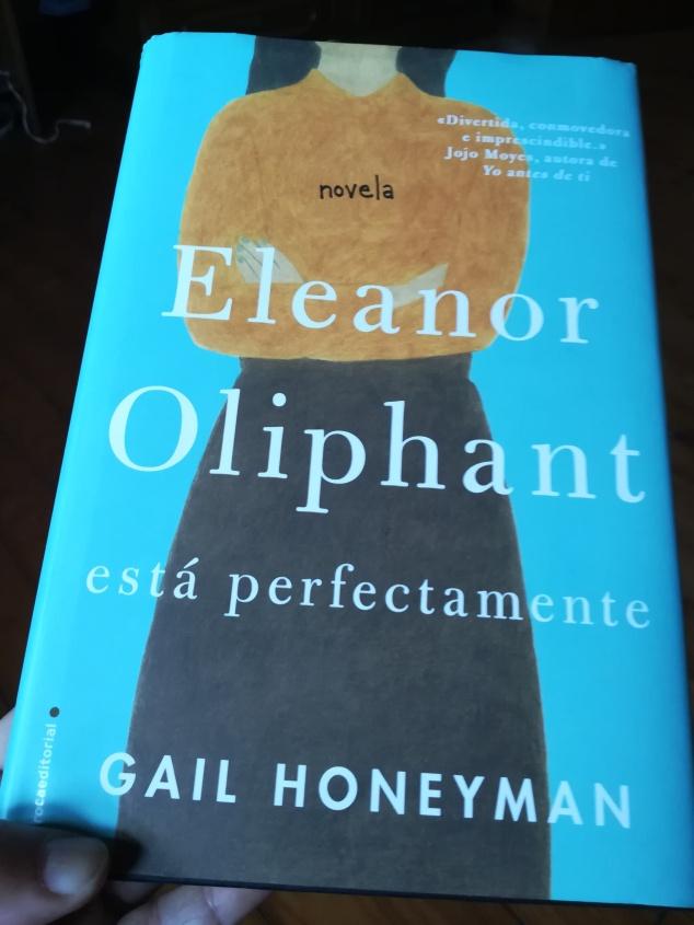 reseña eleanor oliphant gail honeyman novela roca editoral